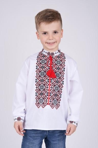 Рубашка-вышиванка на мальчика